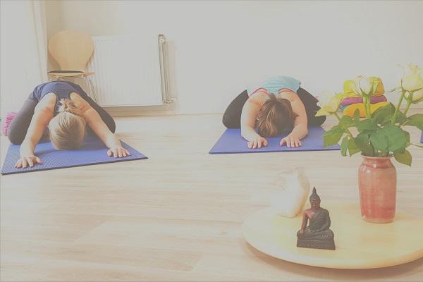2 yoga-hare-pose