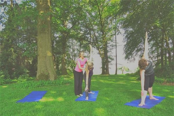 2 yoga-trikon