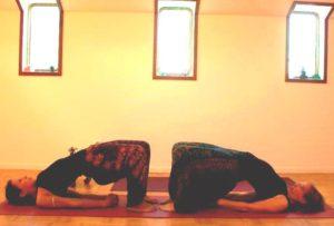 Yoga weerstand - brug houding