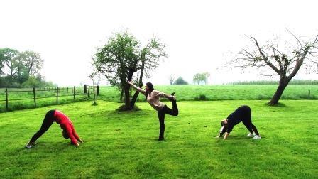yoga weekend buiten