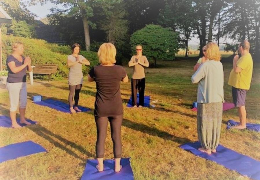beste yoga docenten opleiding vinden - 7  tips