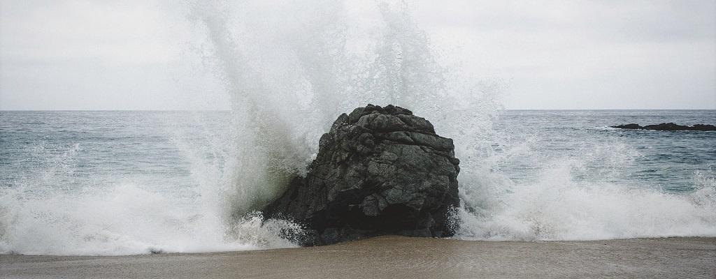 gelijkmoedigheid - equanimity - rots in de branding