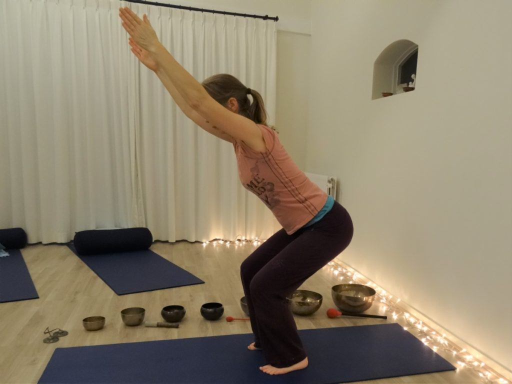 utkatasana - chair pose